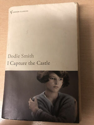 I Capture The Castle By Dodie Smith With Introduction By Valerie Grove.  • 0.50£