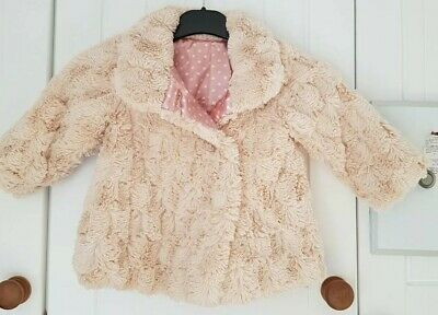 £3.50 • Buy Beautiful Baby Soft Fur Like  Coat, Button Up ,Baby Pink Lining, 12-18 Months.