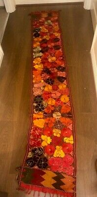 Quality Floral Runner • 20£