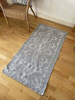 H&M 100% Cotton Rug Light Grey With White Floral Discharge Print 70x140cm Used • 10£