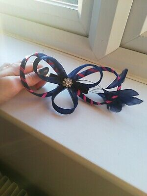 Pink A Navy Blue Feather Fascinator Clip. • 5£