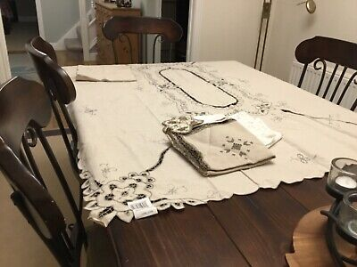 Lace Tablecloth And Napkins With Tag Still • 9.50£