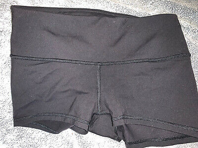 $ CDN50.63 • Buy Lululemon Wunder Under Spandex 2 Inch Luon Shorts Size 6 Or 8