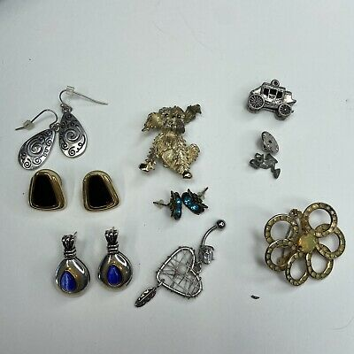 $ CDN12.22 • Buy Vintage Lot Of Pierced Earrings Pins And Belly Button Ring Stagecoach Dog Pin