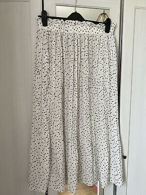 Ladies White Polka Dot Skirt XL  • 6£