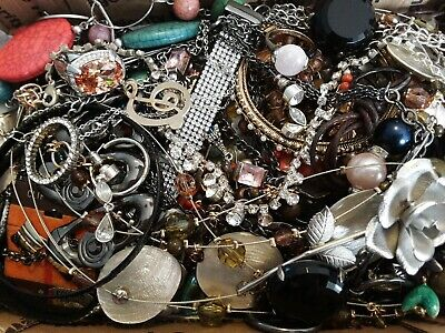 $ CDN18.93 • Buy #7 Vintage To Now Estate Find Jewelry Lot Junk Drawer Unsearched Untested Wear
