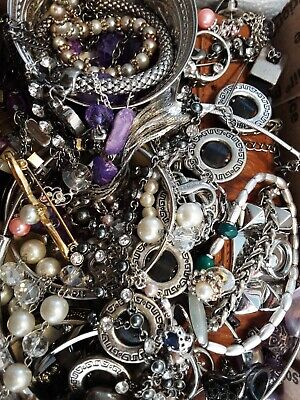 $ CDN18.93 • Buy #12 Vintage To Now Estate Find Jewelry Lot Junk Drawer Unsearched Untested Wear