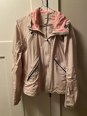 $ CDN30 • Buy Lululemon Run Rise And Shine Jacket Dune Bleached Coral Size 6