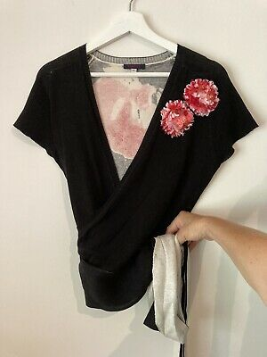 AU57 • Buy Kenzo Jeans, Size M, Cotton Short Sleeve V-neck Wrap Top, Floral Embroidery