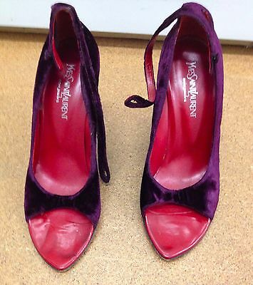 Tom Ford Yves Saint Laurent/purple Velvet Peep Toe Curved Red Wedge Heel • 370£