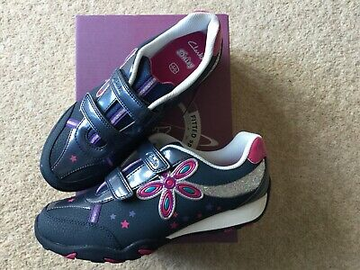 £35 • Buy Clarks Girls Trainers Daisy Shimmer Navy Leather Size 4G UK 37 EUR (Brand New)