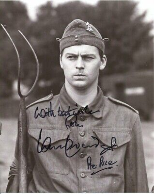 £15 • Buy Ian Lavender Photo Signed In Person - Pike In Dad's Army - F71
