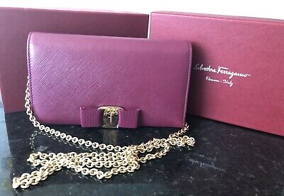 AU400 • Buy BRAND NEW Salvatore Ferragamo Pink Leather Miss Vara Wallet On Chain Authentic