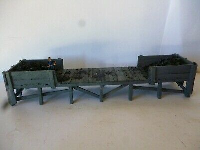 AU39 • Buy  HO NSWGR  Coal Loading Platform All Timber 180mm Long+ With All Separate Boards