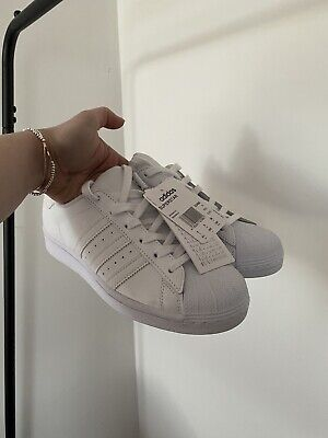 AU97.83 • Buy NEW ADIDAS White Womens Superstar Trainers Size 5