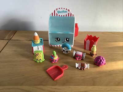 Shopkins Food Fair Sweet Shop Playset With 8 Shopkins, Scales, Sweet Bag, Scoop • 3.50£