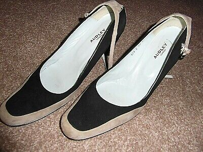 Women's Black/beige Suede Shoes By AUDLEY OF LONDON Size EU41 UK7 TO 7.5 • 1.99£