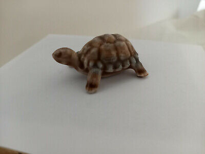 TORTOISE Porcelain MADE BY WADE Approx Length 4.5 Cms • 0.99£
