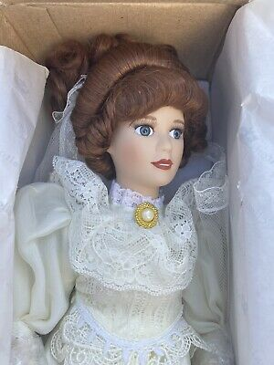 $ CDN18.74 • Buy Beautiful Vintage Porcelain Royalton Collection 1998  Elizabeth  Bride Doll New