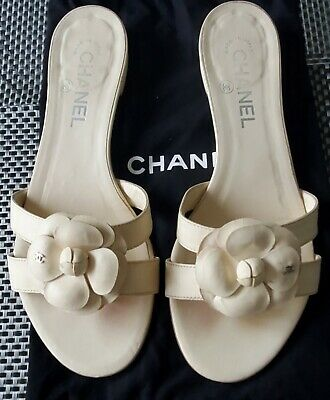 £226.44 • Buy Auth. Chanel Cc Logo Camellia Ivory Leather Flip Flop Sandals Flats Thongs 38/7