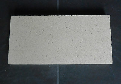 £19 • Buy Fire Bricks Quality UK Vermiculite Board 420 X 350 X 25 Mm  Cut To Any Size DIY