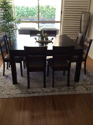 AU250 • Buy Dining Table And 8 Chairs Solid Tasmanian Oak As New Condition