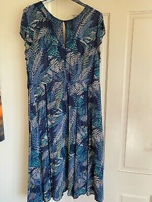 Brora 100% Silk 18 Navy Blue Floral Dress • 45£
