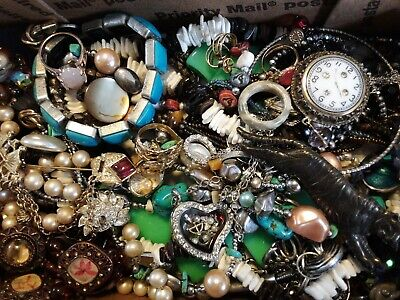 $ CDN61.87 • Buy #14 Vintage To Now Estate Find Jewelry Lot Junk Drawer Unsearched Untested Wear