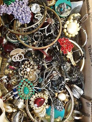 $ CDN18.15 • Buy #16 Vintage To Now Estate Find Jewelry Lot Junk Drawer Unsearched Untested Wear