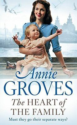 £3.99 • Buy The Heart Of The Family, Groves, Annie, UsedVeryGood, Paperback
