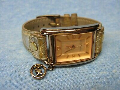 $ CDN9.64 • Buy Women's MICHAEL KORS Water Resistant Watch MK2248 W/ New Battery
