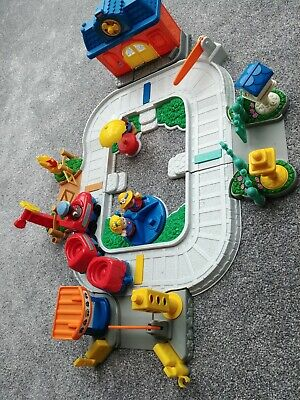£22 • Buy Fisher Price Little People Fun Sounds Train Set 4 People Music BRILLANT COND