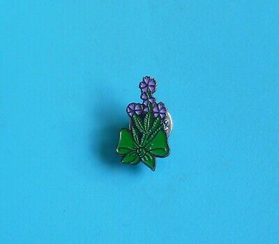 £3.99 • Buy Macmillan Cancer Relief Bluebells Stud Pin Badge Charity