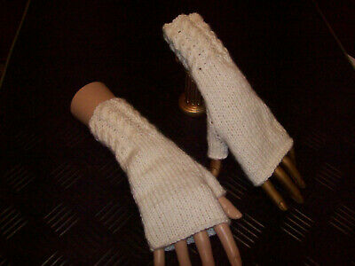 £2.50 • Buy Hand Knitted Fingerless Mittens In Cream With Cable Wrist