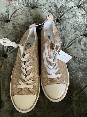 £8 • Buy Primark Canvas Style GOLD GLITTER Trainers Pumps New With Tags  Size 8