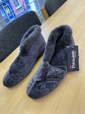 £9 • Buy M&S Slipper Boots Size 5