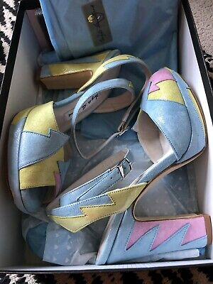 £300 • Buy Terry De Havilland Zia All Sorts Sold Out Size 4