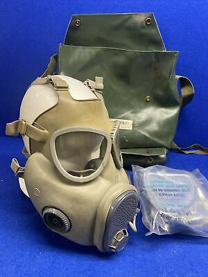 $49.99 • Buy Czech Military M10M Premium NBC Gas Mask W/Filters, Drinking Tube Extra New Filt