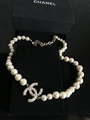 £495.59 • Buy CHANEL Pearl CC 100th Anniversary Necklace Light Gold