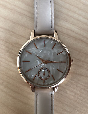 £2.50 • Buy WATCH.Rose Gold Colour .Preowned