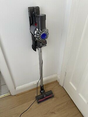£90 • Buy Dyson DC58 Animal Digital Slim Rechargeable Cordless Vacuum Cleaner Iron/Silver