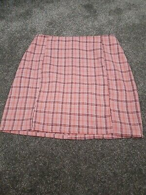 £3 • Buy Shein Pink Checked Skirt Size XS