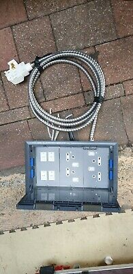 £25 • Buy Electrak 3 Compartment Floor Socket / Box  With 32 Amp Tap Off Approx 3m
