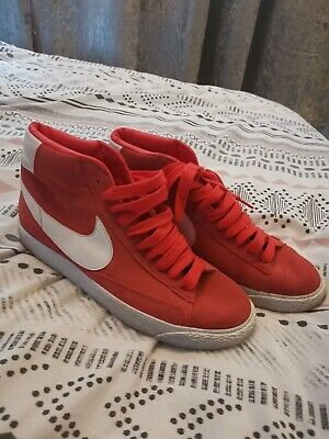 £11 • Buy Red Nike Blazers Size 7! V Good Condition!!