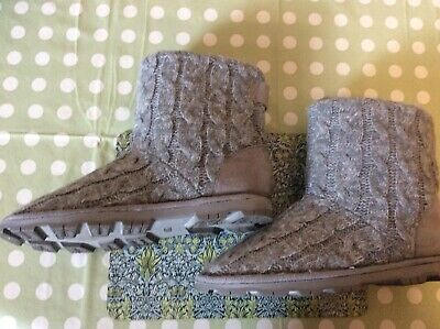 £15 • Buy M&S Grey Cable Knit Cleated Sole Slipper Boots - Size 5