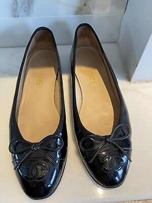 £250 • Buy CHANEL Black Patent Leather Flat Ballerina Shoes Size 37