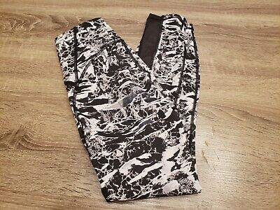 $ CDN30.44 • Buy Lululemon Tights Size 4.  Gorgeous Design And Color. Excellent Condition