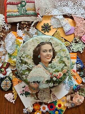 £10.50 • Buy Vintage Tin Of Sewing Appliques Sequins Haberdashery Embellishments Job Lot