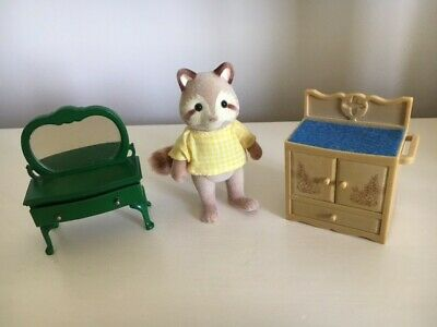 £3.30 • Buy Vintage Sylvanian Families - 3 Items, Fox, Dressing Table And Washstand