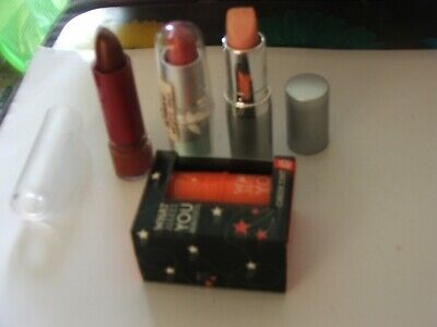 £2.30 • Buy 3 Lipsticks Plus One Direction Cheek Tint Wht A Cutie All New